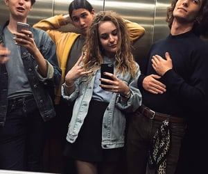 selfie, maneskin, and ethan torchio image
