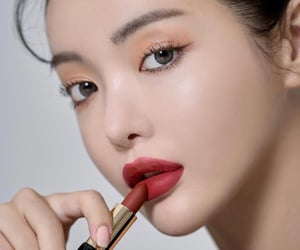 beautiful, korean, and red image