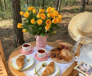 breakfast, drinks, and flowers image