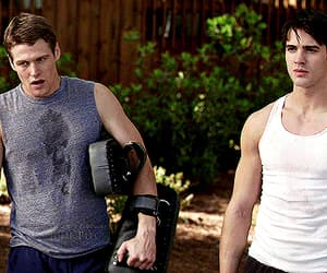 Zach Roerig, gif, and the vampire diaries image