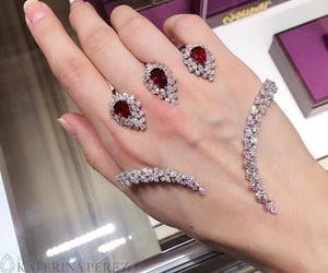 diamonds and rubis image