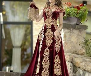 robe de soirée, vintage prom dress, and lace applique prom dress image