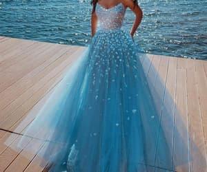 robe de soirée, vestido de fiesta, and evening gown image