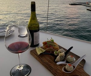 food, sea, and wine image