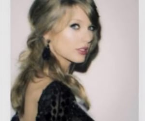 1989, evermore, and taylor swift rares image