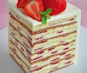 cake, fraise, and strawberry image