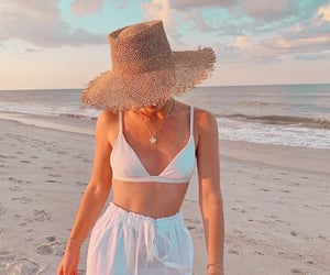 aesthetics, themes, and beach image