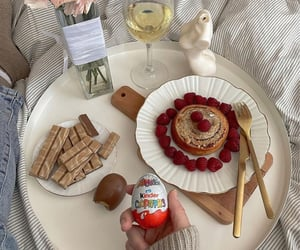 blogger, chocolate, and cream image