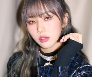 dreamcatcher, kim yoohyeon, and grey gray hair image