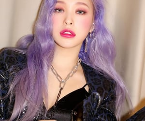 dreamcatcher, purple hair, and lee gahyeon image