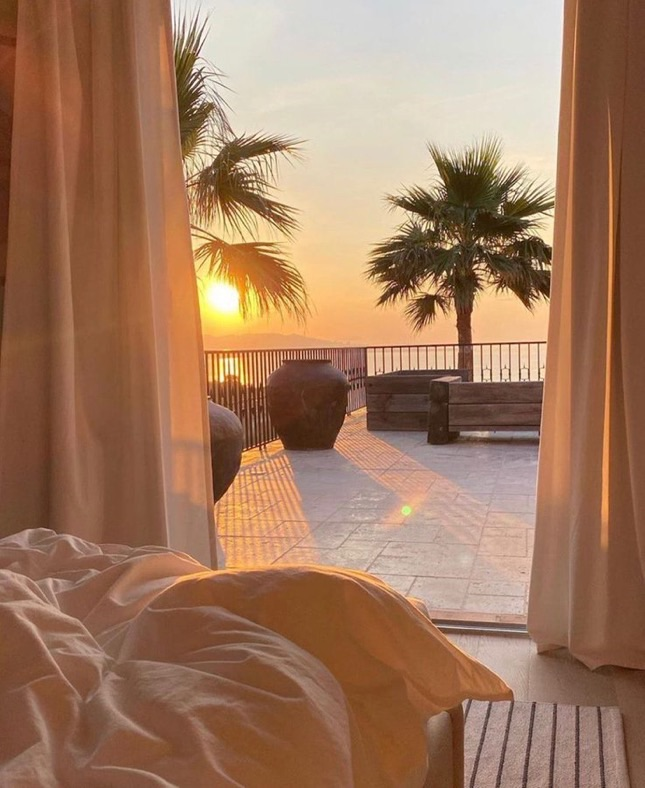 bedroom, sunset, and golden hour image