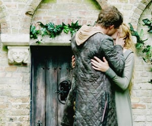max irons, the white queen, and elizabeth woodville image