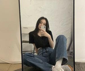 fashion, korean, and roa image