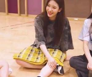 girl group, kpop, and lq image