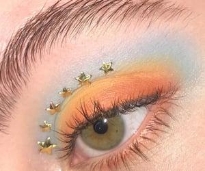 eyeshadow, editorial makeup and green eyes