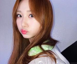 girl group, kpop, and selfie image