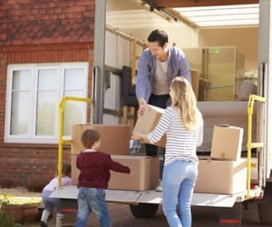 house removals nottingham and man with van nottingham image