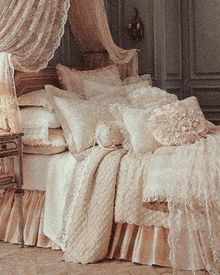pink, bed, and shabby chic image