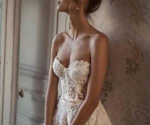 Blanc, dress, and dentelle image