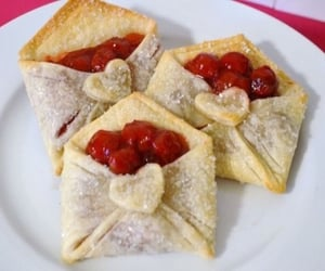 grandmacore, pastry and cottagecore