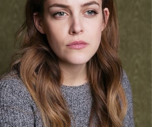 actress, beautiful, and hairstyle image