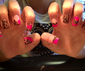 girl, girly, and manicure image