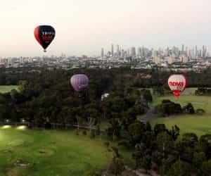 hot air balloon, hot air balloon rides, and hot air balloon australia image