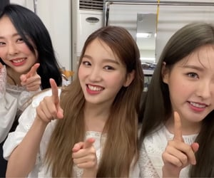 gg, kgirl, and hyejoo image