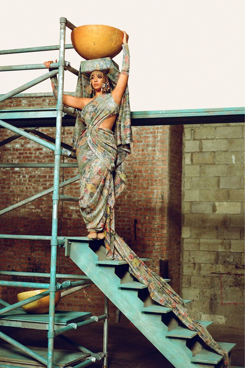 beyonce knowles, the gift, and water image