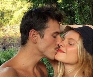 couple, kiss, and amor image