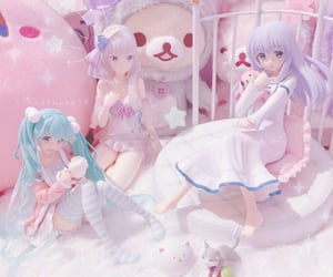 anime, figurines, and pink image