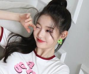 aesthetic, asian girl, and girl group image