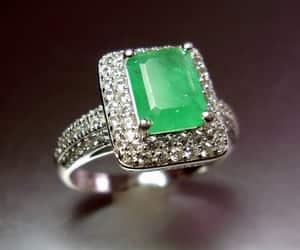 etsy, size 7, and green gemstone image