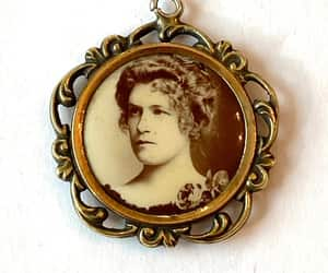 antique jewelry, estate jewelry, and victorian charm image
