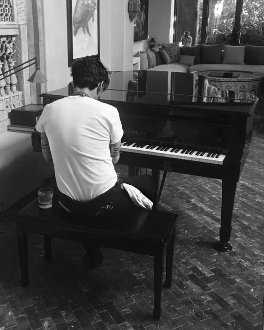 article, music, and pianos image