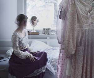 bedroom, gunne sax, and classic image