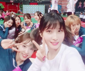 kpop, momo, and jeongyeon image