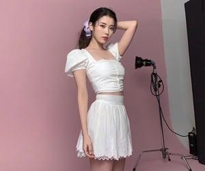 aesthetic, girls, and lee jieun image
