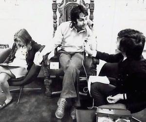 Paul McCartney, linda mccartney, and linda eastman image