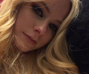 Avril Lavigne, icon, and music image