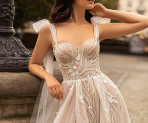 beige, Blanc, and dentelle image