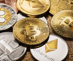 cryptocurrency forum, blockchain forum, and askcrypto image