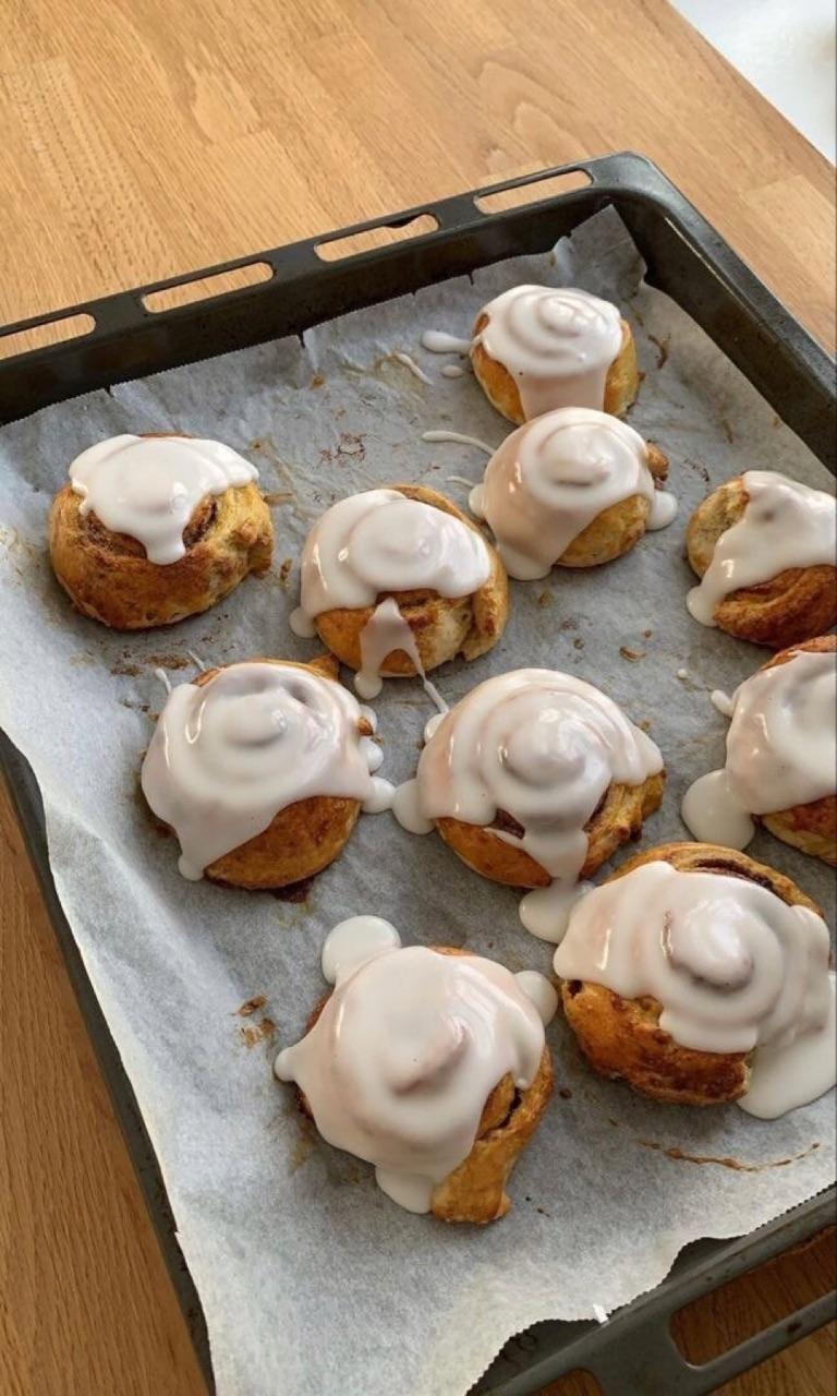 Cinnamon, cinnamon roll, and food image