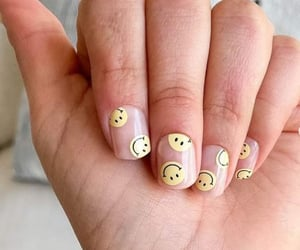 smiley face, diy manicure, and nails inspiration image