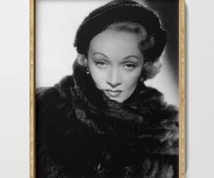Marlene Dietrich, morocco, and movie star image