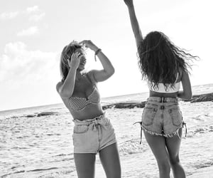 outer banks, madison bailey, and madelyn cline image