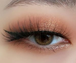 beautiful, lipgloss, and sparkle image