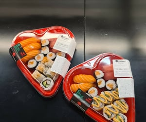 food, heart, and porn food image