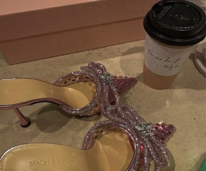 heels and mach&mach image