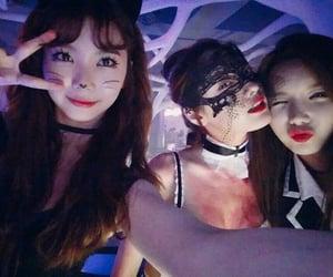 gaeun nana and jungah at halloween